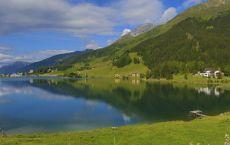 Davoser-See_-Strandbad_Sommer-in-Davos