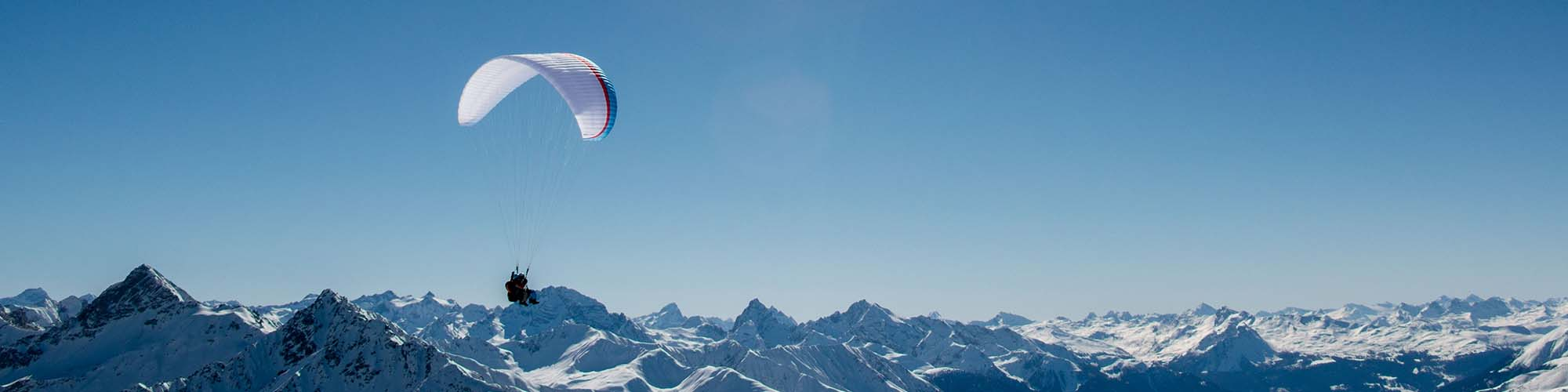 Hotel Davos - Skispecial - with Paragliding
